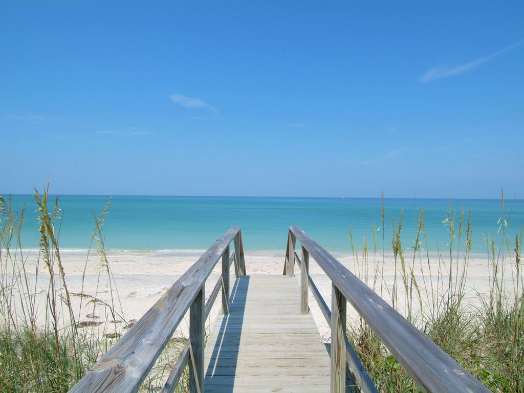 longboat key big and beautiful singles Find this pin and more on sarasota | longboat key by  siesta key beach 10 best us beaches siesta key is beautiful  the perfect singles vacation be it at cocoa .