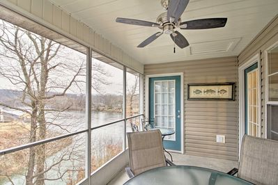 The vacation rental boasts a prime location around all of Branson's attractions.