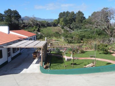 Quinta dos Sentidos, Is a private farmhouse, has fruit trees, garden, orchard