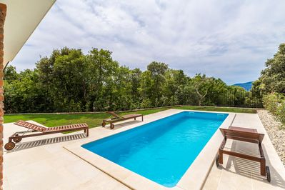 Beautiful luxurious holiday home - private pool, balcony with sea view, garden area - 3