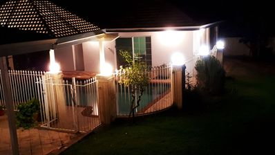 Photo for Cosy, Comfy & Quiet · Close to UWA, Convenient, Free WIfi