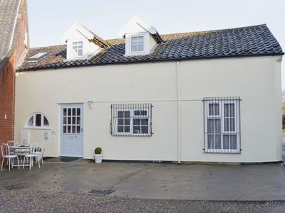 Photo for 2 bedroom accommodation in Ormesby, near Great Yarmouth