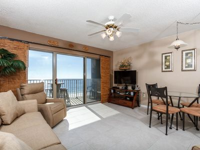 Living Area right on the Gulf - Kick back and relax in this AMAZING 1BR/1BA 4th floor unit. With an amazing unit, comes an amazing view.