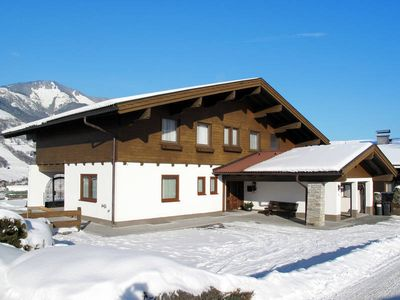 Photo for Apartment Landhaus Maier  in Bruck a.d. Glocknerstrass, Salzburg and surroundings - 10 persons, 4 bedrooms