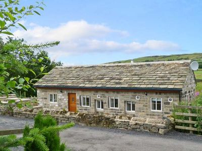 Photo for PACK HORSE STABLES, with hot tub in Hebden Bridge, Ref 5595