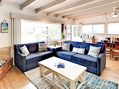 Photo for Breezy 3BR w/ Ocean-View Roof Deck, Patio & BBQ - Steps to Mission Beach