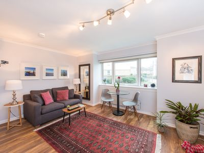 Photo for Enjoy Local Nightlife from A Central Boutique Flat