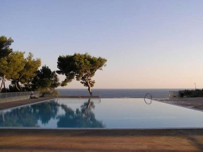 Photo for T1 34m2 5 people Residence Athena Bandol sea view