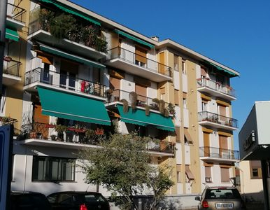 Photo for Apartment in front of a condominium with two double bedrooms and large room