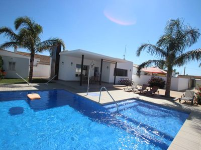 Photo for new modern holiday home with very nice private pool in quiet surrounding for 4-5 persons, with WiFi and aircon and 4 bicycles.