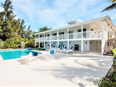 Photo for 6 Bedroom Beach Front Villa - Grace Bay