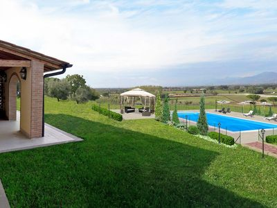 Photo for Beautiful private villa near Pisa