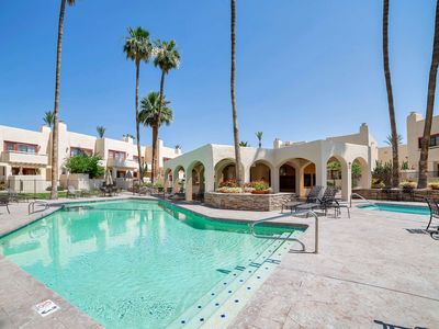 Photo for FREE GOLF! Heated Pool & Spa! Walking distance to shopping & dining! Close to Old Town Scottsdale!
