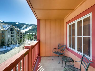 Photo for Village Condo, Walk to Slopes, heated pool access