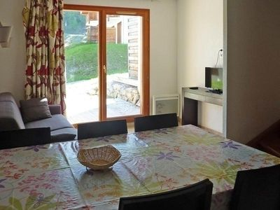 Photo for Chalet Les Orres, 2 bedrooms, 6 persons