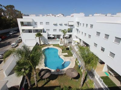 Photo for Ap. Jazmin - Modern apartment close to the beach with communal pool