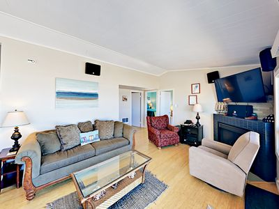 Living Area - Comfy seating for six in the living area. This home is professionally managed by TurnKey Vacation Rentals.