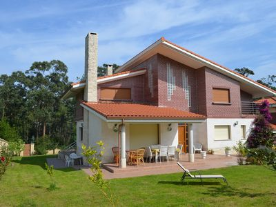 Photo for HOUSE, GARDEN, WIFI NEAR THE BEACH IN SOMO FOR 12 PEOPLE, BODEGE