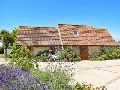 Photo for 3 bedroom accommodation in Chale, near Ventnor