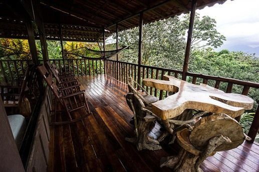 Bed & Breakfast: Leaves and Lizards Arenal Volcano Cabin Retreat