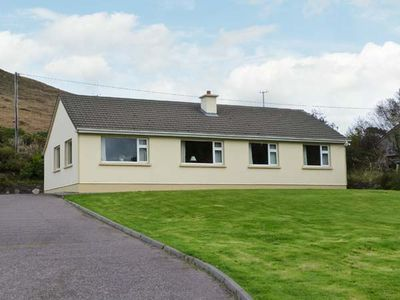 Photo for HEATHER GLEN, pet friendly in Glenbeigh, County Kerry, Ref 27305