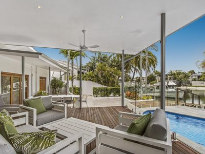 Photo for WATERFRONT, Noosa Sound Luxury 4 Bedrooms