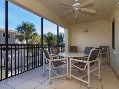 Photo for New Listing! Fort Myers Beach, Florida Gulf of Mexico Front Condo