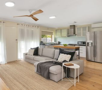 Photo for Red Rock Beach Retreat – linen & Wi-Fi included