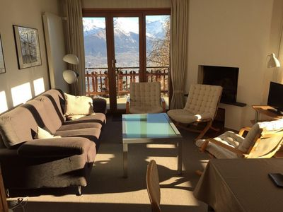 Photo for 3*, 2-bedroom-apartment for 4 people, located near the departure of the lift.Bright living room with