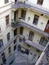 Photo for Apartment in the center of Budapest with Internet, Air conditioning, Lift, Washing machine (390092)