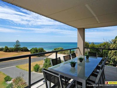 Photo for Bilgola Paradise, 3 Bilgola St, Hayborough