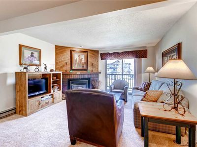 Photo for Cozy Mountain Condo, Private Balcony & Vaulted Ceilings!