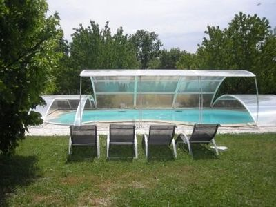 Photo for Provencal villa with pool in Rognes near Aix en Provence and the Luberon