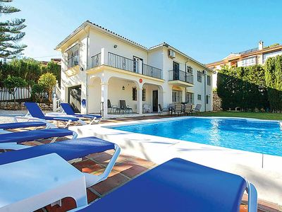 Photo for Beautiful family villa with private pool, games room & BBQ + free Wi-Fi