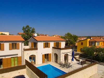 Photo for Holiday house Novigrad for 1 - 8 persons with 3 bedrooms - Holiday house