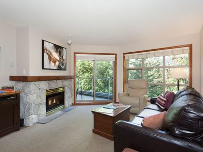 Photo for Prime Ski-in Ski-out Location! Top Floor Unit, Pool, Hot tubs, BBQ (415)