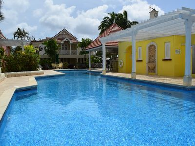 Photo for Stylish one bed villa within walking distance of the beach