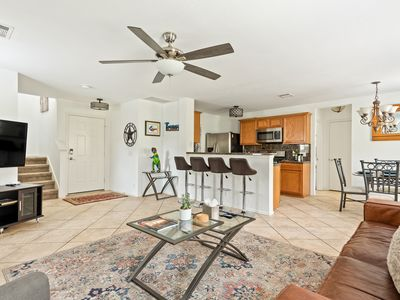 Photo for *Chemically sanitized* S.Austin home 15 min from DT  next to large shopping area