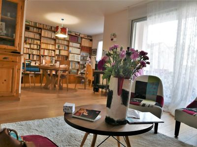 Photo for Superb and large apartment of 97 m2 between arena and train station, wifi, air conditioning, parking