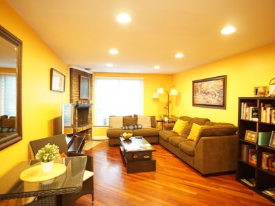 Photo for Entire Home Cozy 2bed/2Bath in best neighborhood Lincoln Park near train station