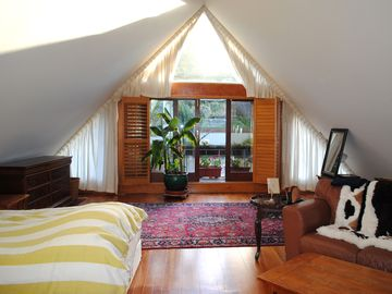 Storybook Attic Loft Atop Family-Owned Alamo Square Victorian in the heart of SF