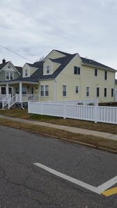 Beautiful home in walking distance to boardwalk and downtown. Minimum 4 nights