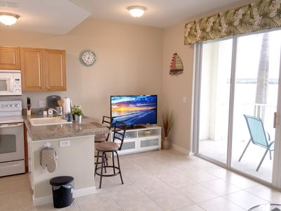 Photo for Cozy Waterfront Condo At Boca Ciega Resort
