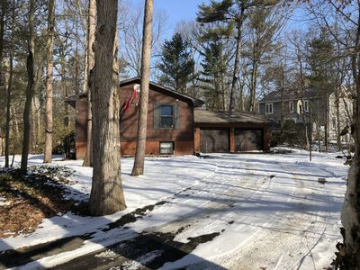 Photo for 6 bedroom in Southcott pines grand bend !!