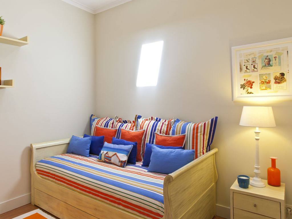 Apartment with 3 bedrooms and 2 bathrooms for families or for Apartments with 3 bedrooms and 2 bathrooms