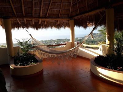 Photo for Beautiful Tropical House with Ocean VIEWS!