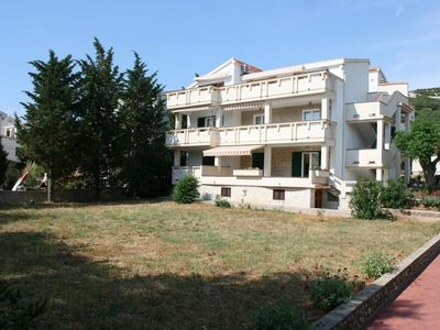 Photo for 1BR Apartment Vacation Rental in Novalja