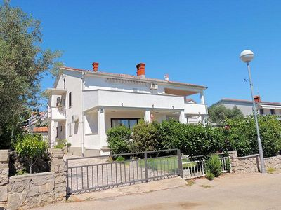 Photo for Beautiful  comfortable apartment - stunning sea view, beach nearby, private parking, terrace