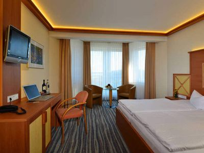 Photo for Comfort double room to Kölpinsee - Strandhotel Seerose Kölpinsee