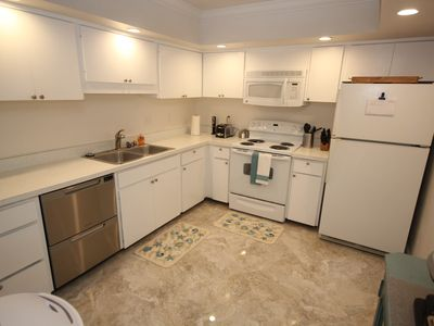 Photo for Beach to Bay Condo on Siesta Key